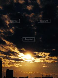 風景,空,太陽,光,日の出,くもり,クラウド