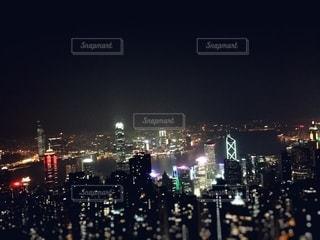 夜の街の眺めの写真・画像素材[2733447]