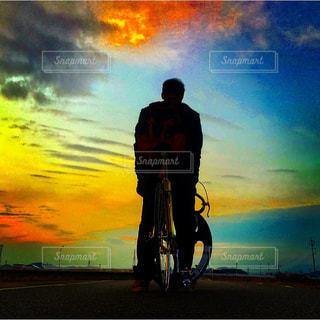 自転車,夕焼け,土手,サイクリング,ピスト,バトン,サムソン,ディープリム
