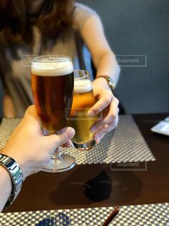 飲み物,人物,イベント,グラス,ビール,乾杯,ドリンク,パーティー,クラフトビール,手元,飲料,ソフトド リンク