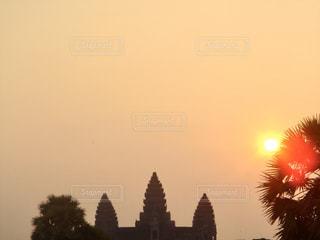 空,建物,屋外,海外,太陽,世界遺産,光,旅行,日の出,カンボジア,アンコールワット,景観,世界遺産遺跡