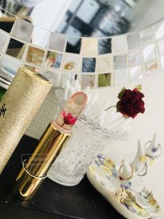 花,ピンク,口紅,鏡,美容,コスメ,化粧品,ゴールド,化粧台