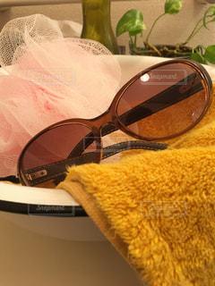 ファッション,アクセサリー,サングラス,眼鏡,タオル,洗面所,洗面器,メガネ