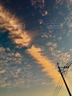 空の雲の群の夕焼けの写真・画像素材[2828396]