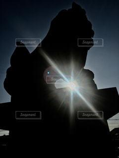 空,屋外,太陽,神社,かっこいい,シルエット,光,狛犬,明るい,こま犬,インスタ映え
