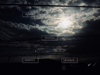 空,屋外,太陽,雲,暗い,光,電線