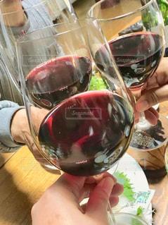 ワインで乾杯の写真・画像素材[3051701]