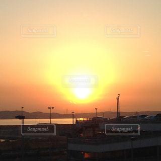 海,空,太陽,朝日,光,空港,日の出