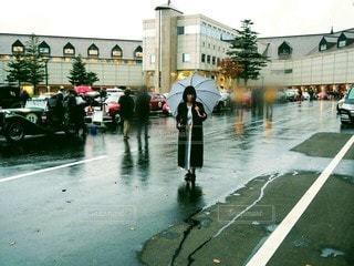雨の日の おしゃれの写真・画像素材[2865224]