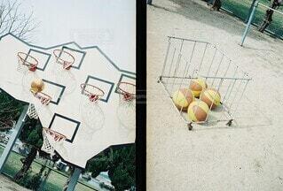 バスケと光と影の写真・画像素材[4416400]