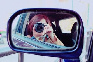 車の側面鏡の写真・画像素材[2703153]