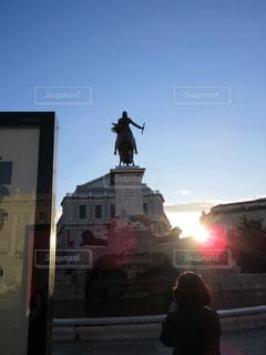 空,屋外,太陽,朝日,光,人,像,スペイン,彫刻,マドリッド