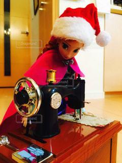 冬,赤,プレゼント,人形,クリスマス,ミシン,アナ,一所懸命