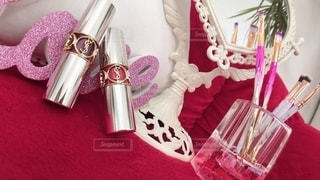 口紅,鏡,メイク,美容,リップ,コスメ,化粧品,化粧ブラシ,YSL,化粧道具