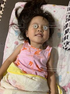 子ども,ファッション,アクセサリー,少女,眼鏡,幼児,お金,メガネ,50円玉