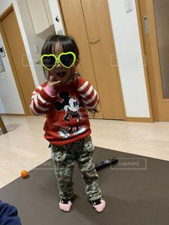 子ども,ファッション,アクセサリー,サングラス,少女,眼鏡,人物,人,幼児,メガネ
