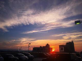 空,夕日,太陽,雲,美しい,夕景,キレイ