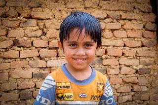 海外,アジア,赤ちゃん,男の子,目,ネパール,目赤ちゃん