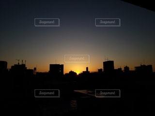 風景,空,建物,屋外,太陽,夕暮れ,光,都会
