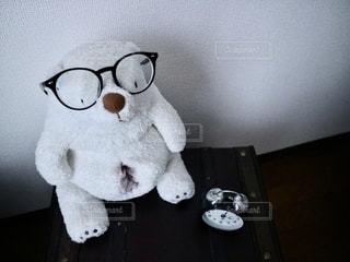 シンプルなメガネの写真・画像素材[2756270]