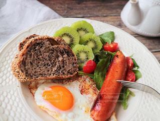 おしゃれな朝食の写真・画像素材[3223425]