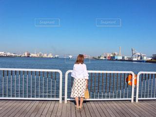 海沿いを散歩の写真・画像素材[3246794]