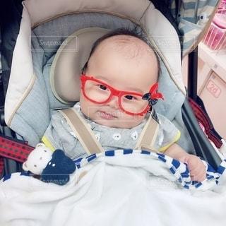 ファッション,アクセサリー,赤,眼鏡,赤ちゃん,男の子,メガネ,赤い縁のメガネ,ウサギメガネ