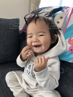 ファッション,アクセサリー,女の子,眼鏡,赤ちゃん,メガネ,自慢げ,ママのメガネ