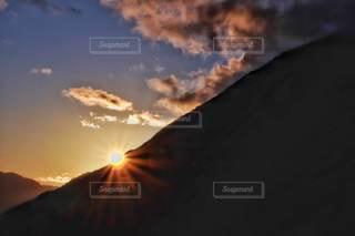自然,風景,空,太陽,夕暮れ,山,日没,光,夕陽,山間,クラウド,北アルプス大橋