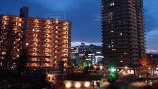 秋の街の夜景の写真・画像素材[2753284]