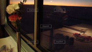 列車旅のテーブルの写真・画像素材[2755316]