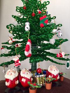 サンタとツリーの写真・画像素材[2823830]