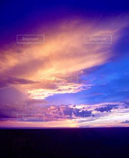 渓谷の空の写真・画像素材[2837306]