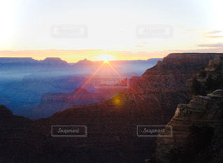 自然,風景,空,屋外,太陽,雲,山,光,谷,クラウド,峡谷