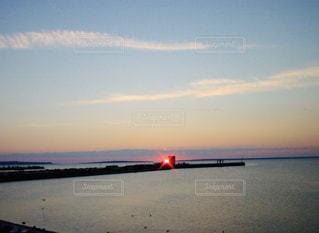 自然,風景,空,屋外,湖,太陽,ビーチ,水面,海岸,光,日の出,クラウド