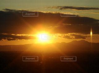 自然,空,屋外,太陽,雲,夕暮れ,日光,光,地平線