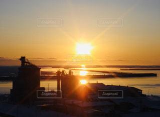 自然,空,屋外,太陽,水面,光,日の出,クラウド