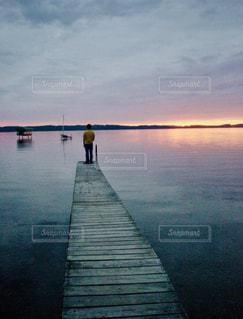 自然,風景,空,屋外,湖,太陽,ビーチ,ボート,水面,光,人,桟橋,クラウド,ドック