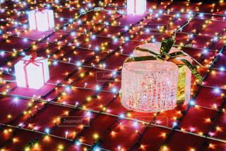 光のクリスマス・プレゼントの写真・画像素材[2822898]