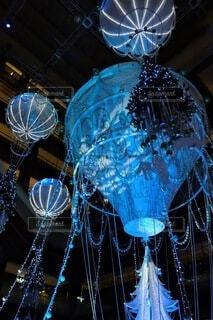 夜,屋内,きれい,幻想的,イルミネーション,ライトアップ,クリスマス,照明,ステージ,グランフロント大阪,シャンパンゴールド,グランフロントクリスマス,#グランフロント大阪#クリスマス#グランフロントクリスマス#イルミネーション#シャンパンゴールド#PR#snapmart