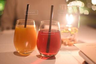 グラスのクローズアップの写真・画像素材[3054821]