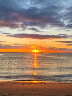 自然,風景,海,空,屋外,太陽,ビーチ,雲,水面,海岸,光,地平線,日の出