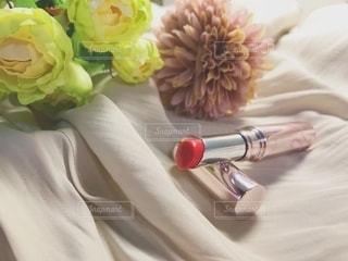 花,布,美容,リップ,コスメ,化粧品,置き画,プチプラコスメ,スック,ティントリップ,コンビニコスメ,プチプラセブンイレブン