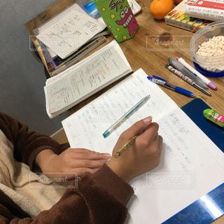 書類,中学生,紙,勉強中,テスト勉強,データ