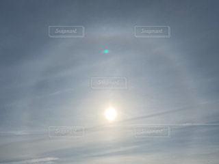 空,屋外,太陽,光,飛行機雲,ハロ,日中,日輪