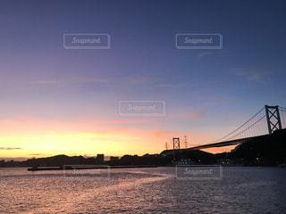 風景,空,橋,屋外,太陽,夕暮れ,船,水面,光