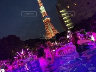 東京タワー,夜,かわいい,プール,可愛い,美容,お洒落,浮き輪,コスメ,化粧品,インスタ,ナイトプール,インスタ映え