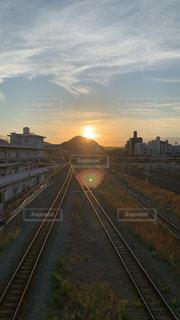 風景,空,太陽,夕暮れ,光,都会,鉄道