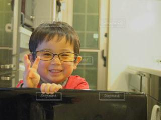 子ども,ファッション,アクセサリー,眼鏡,幼児,少年,男の子,息子,メガネ,3歳,メガネ男子