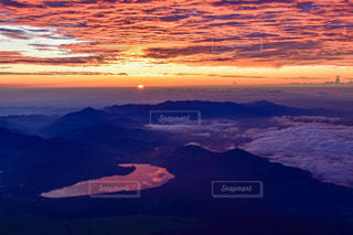 自然,風景,空,富士山,湖,太陽,雲,夕暮れ,水面,山,光,日の出,富士,クラウド